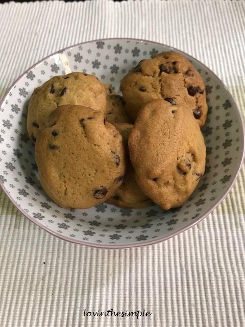 coconut oil choc chip cookies 1